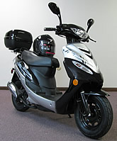 2011 ROKETA 50cc 2 Stroke Moped Scooter MC-26-50 (99% assembled)